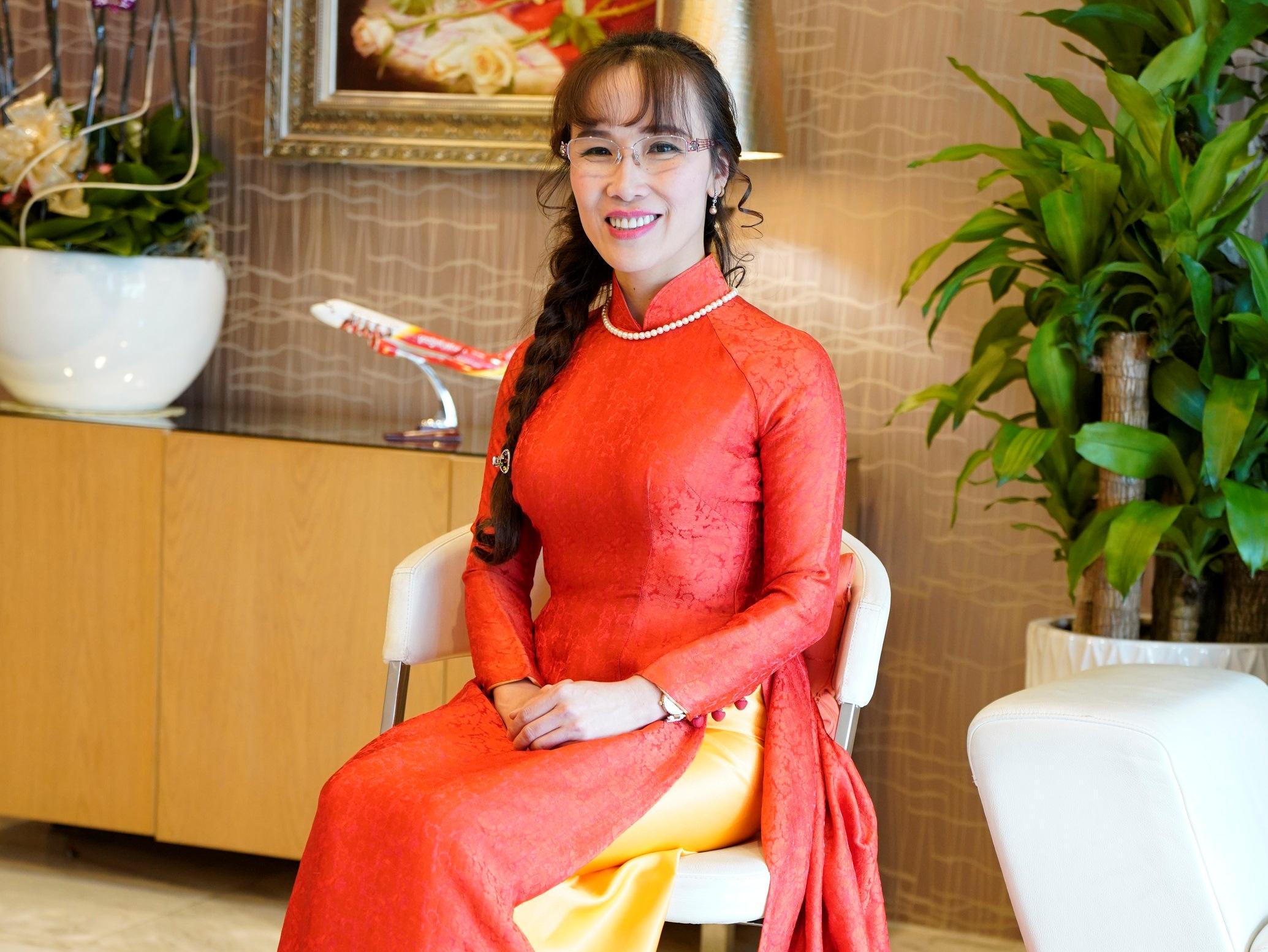 Nữ tỷ phú Nguyễn Thị Phương Thảo vào Top 100 phụ nữ quyền lực nhất Thế giới năm 2018 của Forbes