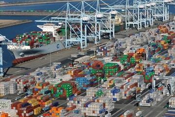 Mỹ thâm hụt thương mại cao nhất 10 năm