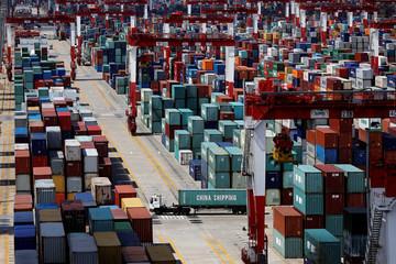 Dù xuất khẩu giảm, thặng dư thương mại của Trung Quốc với Mỹ vẫn cao kỷ lục