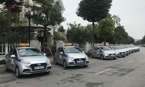 17 hãng taxi truyền thống hợp lực đấu Grab
