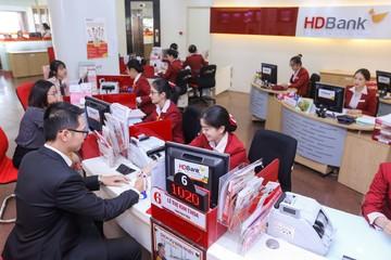 HDBank tặng vàng cho khách gửi tiết kiệm cuối năm