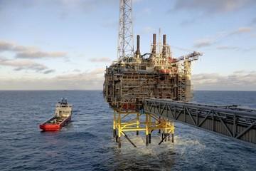 Nhập khẩu dầu thô tăng trưởng 3 con số năm thứ ba liên tiếp