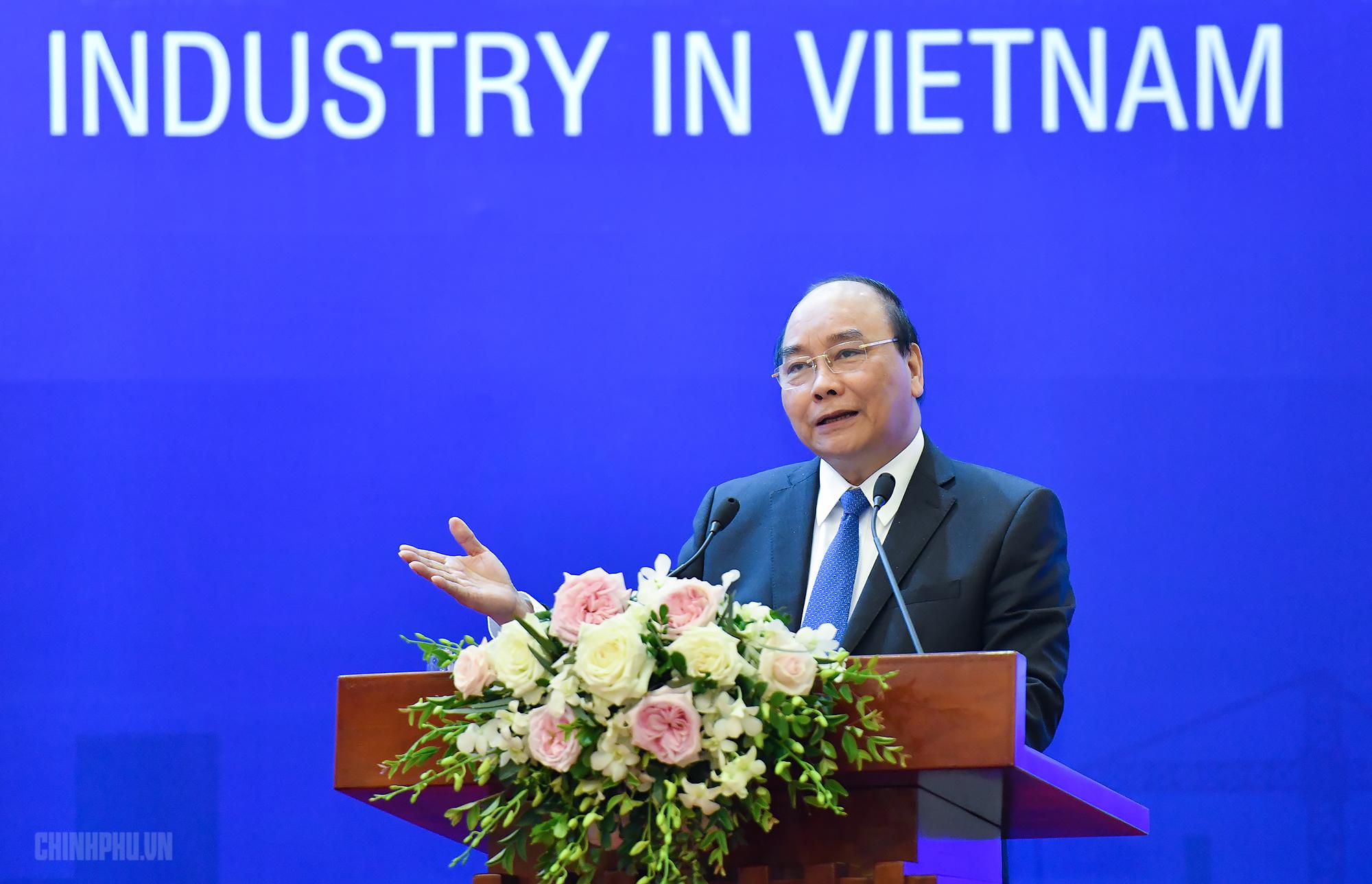 Thủ tướng: Công nghiệp hỗ trợ phát triển như 'tinh thần Park Hang-seo và đội bóng'