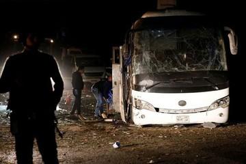 Đoàn du khách Việt 14 người trúng bom khủng bố ở Ai Cập đi từ TP HCM