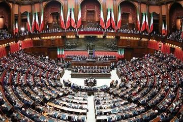 Hạ viện Italia chính thức thông qua kế hoạch ngân sách 2019 sửa đổi