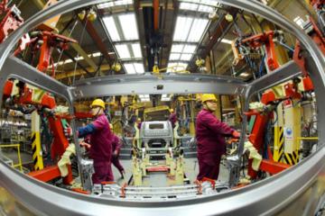 Kinh tế Trung Quốc tiếp tục yếu đi