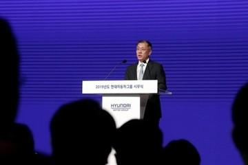 Người thừa kế Hyundai nỗ lực vực dậy công ty