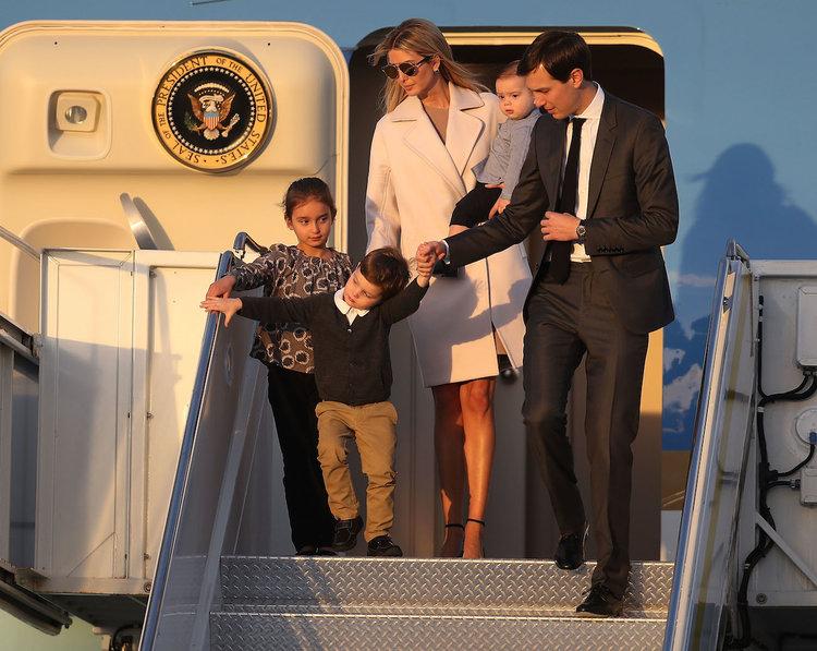Sở hữu 1,1 tỷ USD, vợ chồng con gái Tổng thống Trump kiếm và tiêu tiền như thế nào?