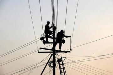 Mua điện của nước ngoài rẻ mà sạch hơn rất nhiều