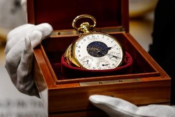6 đồng hồ đấu giá cao nhất năm 2018