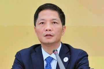 Bộ trưởng Công Thương xin lỗi vụ xe của Bộ vào sân bay đón người nhà