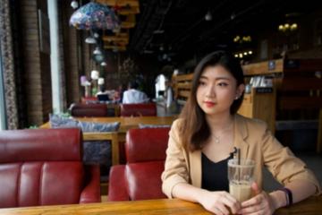 Bán nhà du học, thạc sĩ Trung Quốc trở về làm với mức lương bèo