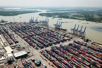 Nội tại kinh tế Việt Nam còn nhiều 'điểm nghẽn'