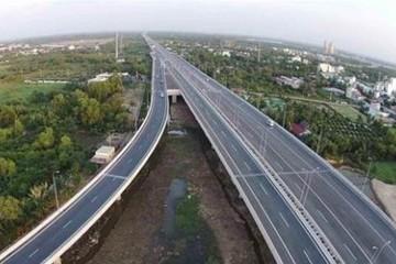 Thủ tướng yêu cầu đảm bảo tiến độ cao tốc Bắc - Nam, đặc biệt lưu ý về nguồn vốn tín dụng, GPMB
