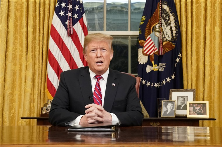 Bài phát biểu của Trump về cuộc khủng hoảng ở biên giới