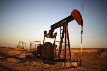 Giá dầu tăng theo đà lên của thị trường chứng khoán