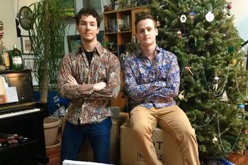 2 chàng trai vừa tốt nghiệp đại học kiếm 200.000 USD nhờ một 'meme'