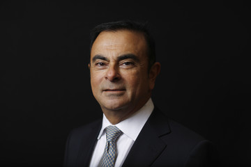 Chủ tịch kiêm CEO hãng xe lớn nhất Pháp từ chức