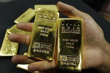 Chứng khoán diễn biến tốt, giá vàng giảm nhẹ