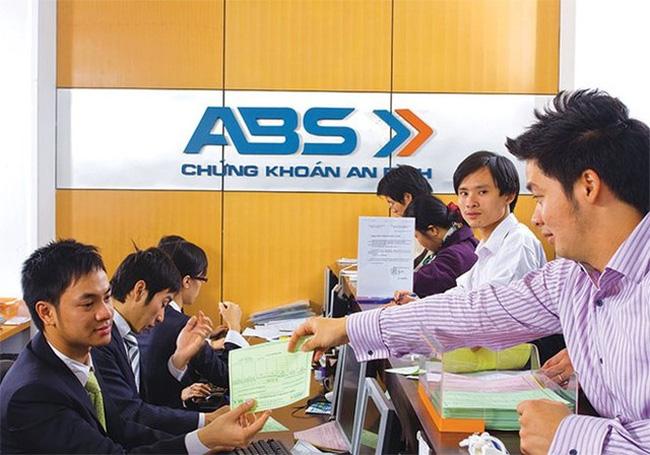 ABBank thoái sạch vốn tại Chứng khoán An Bình