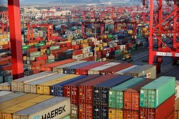 Tháng 1, Việt Nam nhập siêu 800 triệu USD, chủ yếu từ Hàn Quốc, Trung Quốc