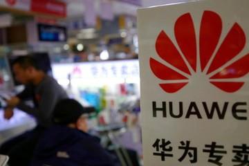 Trước thềm đàm phán với Trung Quốc, Mỹ giáng đòn sốc lên Huawei