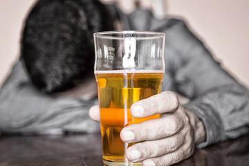 Việt Nam 'vô địch' uống bia, nhưng lợi nhuận Bia Hà Nội đang ở mức thấp nhất trong nhiều năm