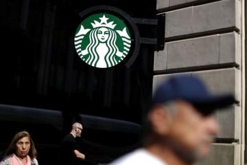 Đế chế tỷ đô Starbuck tìm cách kéo khách hàng trở lại
