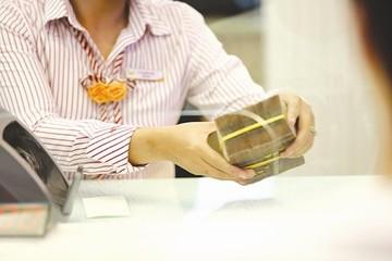 Chênh lệch tỷ giá mua - bán tại Vietcombank bất ngờ nới lên 100 đồng