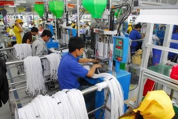 Lợi thế dần mất đi, Việt Nam cần cơ chế thu hút FDI 'thế hệ mới'