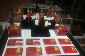 Ngày Thần Tài, vàng miếng SJC càng nhỏ giá càng đắt