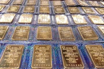 Chênh lệch giá vàng vượt 1 triệu đồng/lượng