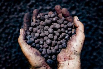 Trung Quốc có cứu nổi khủng hoảng nguồn cung quặng sắt toàn cầu?
