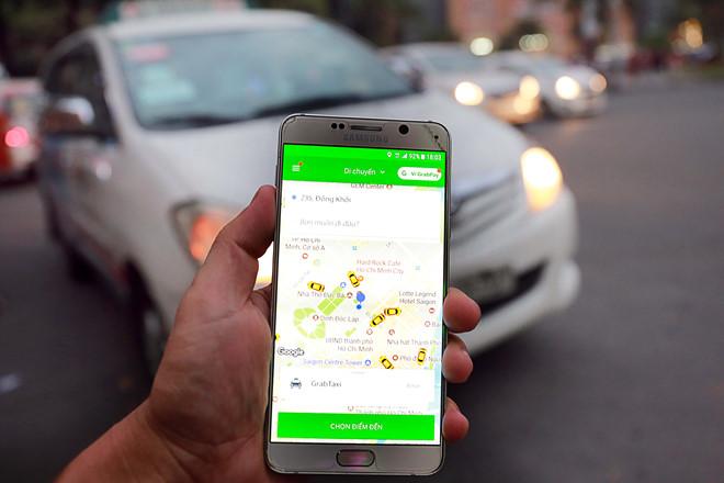 Grab nhận là taxi điện tử, xin quy chế quản lý riêng