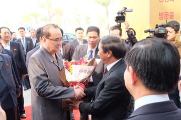 Toàn cảnh phái đoàn Triều Tiên đến thăm nhà máy sản xuất VinFast và VinEco