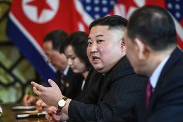 Kim Jong-un tuyên bố sẵn sàng phi hạt nhân hóa