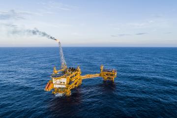 Sản xuất xăng dầu của Nghi Sơn vượt Dung Quất trong 2 tháng đầu năm