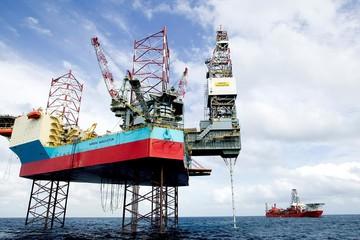Kinh tế Trung Quốc có dấu hiệu xấu, giá dầu diễn biến trái chiều