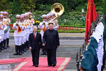 Tổng Bí thư, Chủ tịch nước Nguyễn Phú Trọng đón, hội đàm với Chủ tịch Kim Jong-un