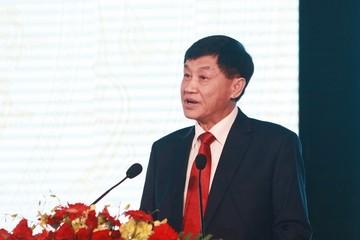 Bố chồng Hà Tăng: 10 tỷ USD vào Việt Nam, mang đến lại mang về