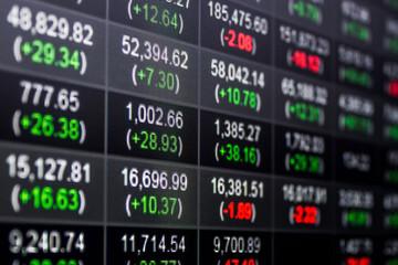Hàng trăm tỷ đồng tiếp tục đổ vào chứng khoán Việt Nam trong tuần cuối tháng 2 thông qua các quỹ ETF