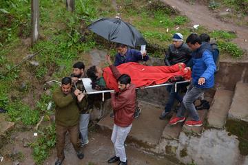 Giao tranh tiếp diễn tại Kashmir