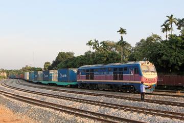 Tuyến đường sắt nối Việt Nam với châu Âu vừa khởi động, hàng hóa LG, Samsung từ Hà Nội đến Duisburg mất 22 ngày