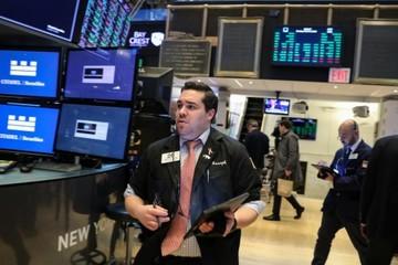 Phố Wall mất điểm phiên thứ 3 liên tiếp, S&P 500 giảm mạnh nhất một tháng