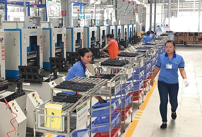 Nghịch lý doanh nghiệp FDI: Càng ưu đãi... càng lỗ?