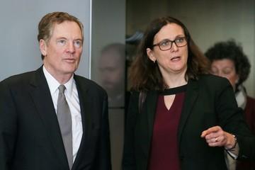 Châu Âu kêu gọi Mỹ dừng áp thuế, cùng hợp sức đối phó Trung Quốc