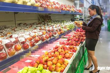 Trái cây Việt yếu thế trên 'sân nhà'