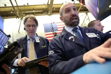 Phố Wall bật tăng bất chấp cổ phiếu Boeing lao dốc
