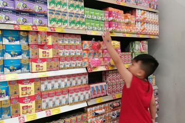 Người Việt chi 90 triệu USD mua sữa ngoại trong tháng 2
