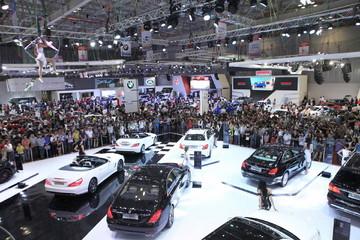Sau Tết, thị trường ôtô Việt lao dốc mạnh
